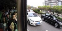 重庆主城年内计划建成公交优先道61.8公里 联接杨家坪、双凤桥、三角碑和七公里 - 重庆晨网