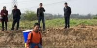 农机专家赴西彭镇指导水稻机械化直播 - 农业机械化信息